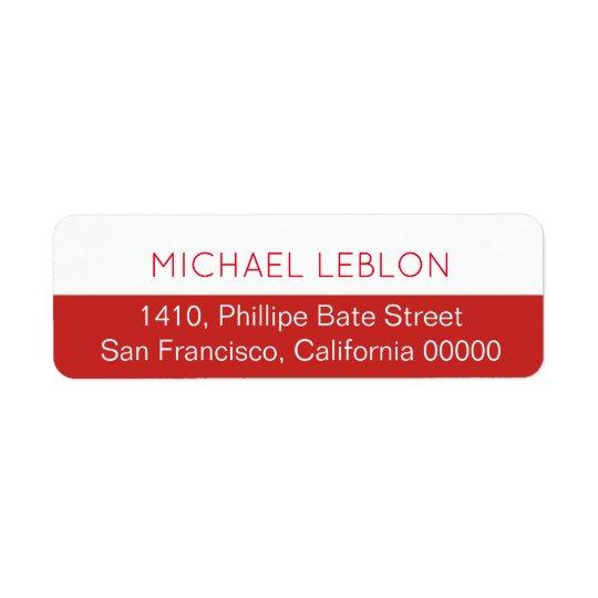 halb roter Rücksendeadresseaufkleber mit Namen