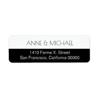 halb schwarzes HochzeitsAdressen-Etikett mit