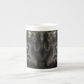 Halb voll - Knochen-China-Tasse Porzellantasse