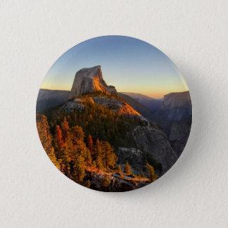 Halbe Haube am Sonnenuntergang-Detail - Yosemite Runder Button 5,7 Cm