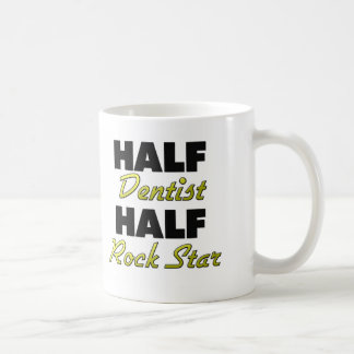 Halber Zahnarzt-halber Rockstar Tasse