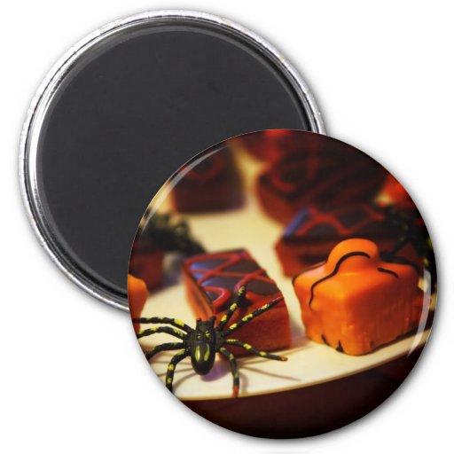 Halloween backte Leckereien und Spinnen Kühlschrankmagnet