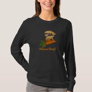 Halloween-Häschen! Fahren auf eine Karotte T-Shirt