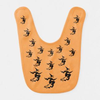 Halloween-Hexen, die schwarzen u. orange Lätzchen