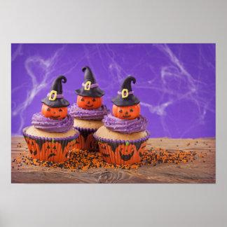 Halloween-kleiner Kuchen Plakate