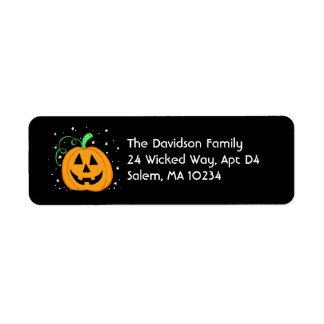 Halloween-Kürbis-Adressen-Etikett auf Schwarzem