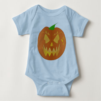 Halloween-Kürbis in hellblauem T Shirt
