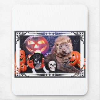 Halloween LabraDoodle Gabe - Border-Collie Marcus Mousepad