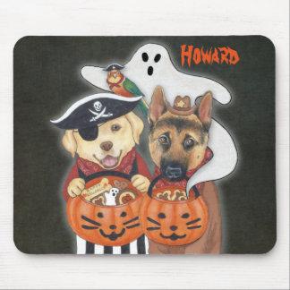 Halloween-Labrador, -schäfer und -papagei in den Mousepad