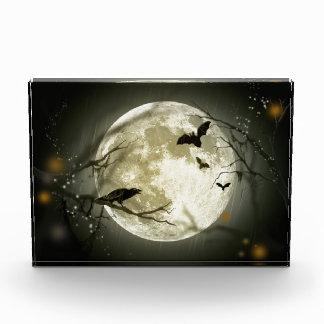 Halloween-Mond-gespenstische Krähen Acryl Auszeichnung