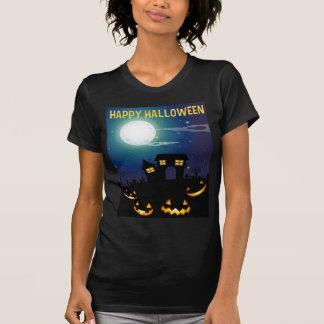 Halloween-Thema mit Spuk Haus und Gesichtern T-Shirt