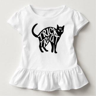Halloweentrick-oder -Leckerei-schwarze Katze Kleinkind T-shirt