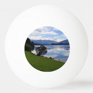 Hallstattersee See, Alpen, Österreich Ping-Pong Ball