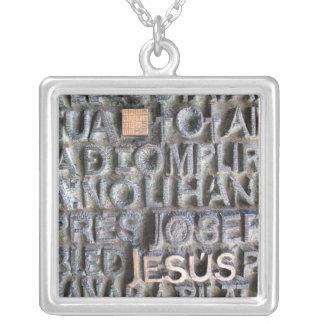 Halskette Bronzetafel-Jesuss Sagrada Familia