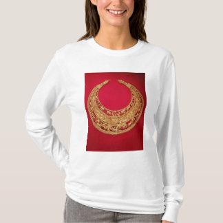 Halskette mit Hirtenszenen T-Shirt