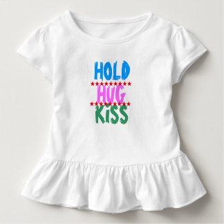 HALTEN SIE UMARMUNGS-KUSS:  Freund-Party, das Kleinkind T-shirt