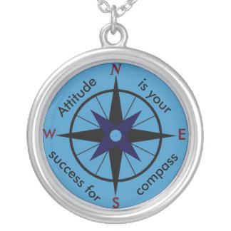 Haltung ist Ihr Kompass für Erfolgshalskette Versilberte Kette