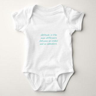 Haltung -- Zerreißprobe oder Abenteuer (Grün) Baby Strampler