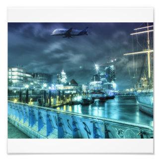 Hamburg Landungsbrücken bei Nacht Photographien