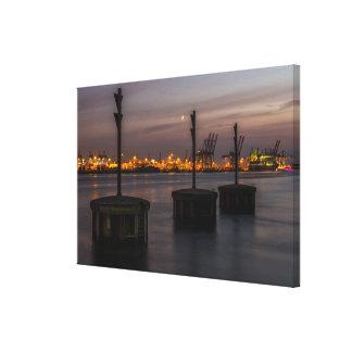 Hamburger Hafen im Abendlicht Leinwanddruck