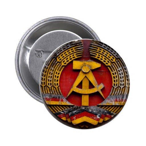 Hammer und Sichel-Symbol des Kommunisten Button