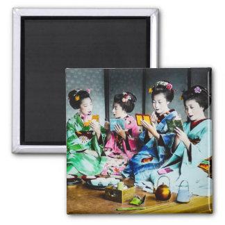 Hand farbige Vintage Geisha-Ansammlung Quadratischer Magnet