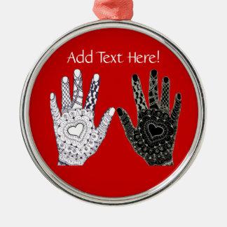 Hand gezeichnete Herz gekritzelte Hände Silbernes Ornament