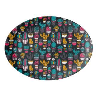 Hand gezeichneter Kaktus im Skizze-Art-Muster Porzellan Servierplatte