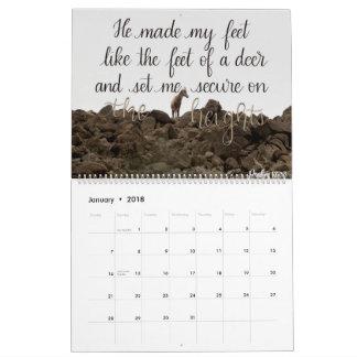 Handmit buchstaben gekennzeichneter Kalender des