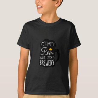 Handwerks-Bier-Logo-Entwurfs-Schablone mit halbem T-Shirt