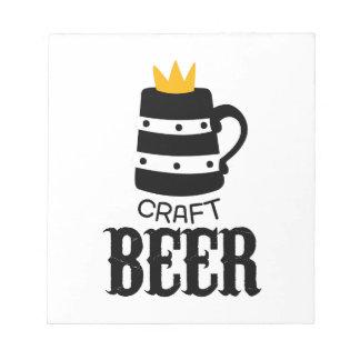 Handwerks-Bier-Logo-Entwurfs-Schablone mit Krone Notizblock