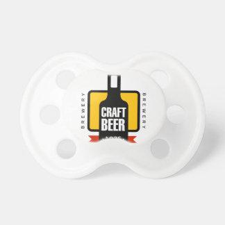 Handwerks-Bier-Logo-Entwurfs-Schablone Schnuller