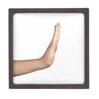 Handzeichen - Halt Schachtel