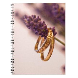 Hängende Hochzeits-Bänder Notizbücher