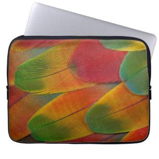Harlekinmacaw-Papageienfedern Laptop Sleeve