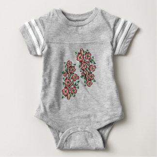 Hartriegel-Baum-Farbe Baby Strampler