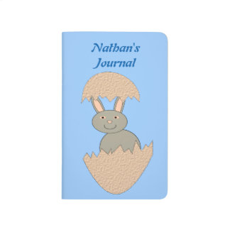 Häschen, das von Ei sonderbarer personalisierter Taschennotizbuch