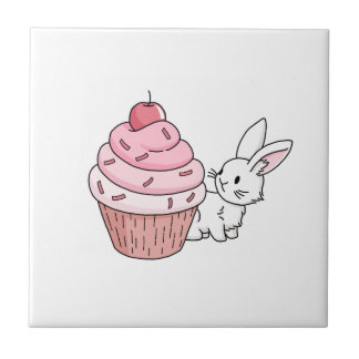 Häschen mit einem rosa kleinen Kuchen Keramikfliese