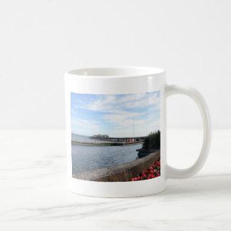 Hastings Seeseite und Pier Kaffeetasse