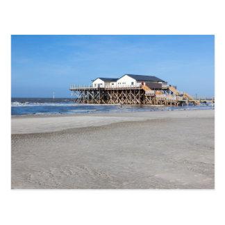 Haus auf Stelzen am Strand von St Peter Ording Postkarte