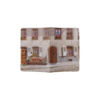 Haus im Gruyeredorf, die Schweiz Passhülle