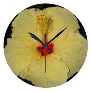 Hawaiischer gelber Hibiskus Große Wanduhr