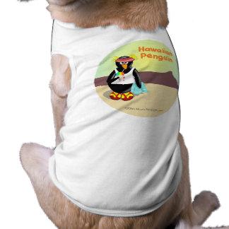 Hawaiischer Penguin auf Waikiki Strand-lustigem Ärmelfreies Hunde-Shirt