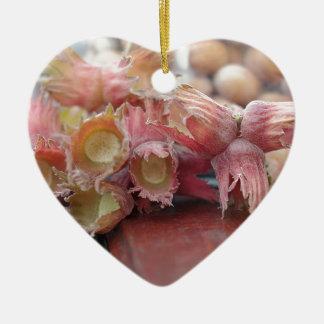 Hazelnuts.JPG Keramik Ornament