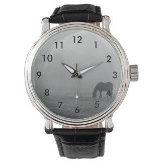 Hazzy, das Grayscale weiden lässt Armbanduhr