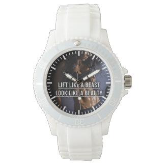 Heben Sie wie ein Tier an, sehen Sie wie eine Armbanduhr