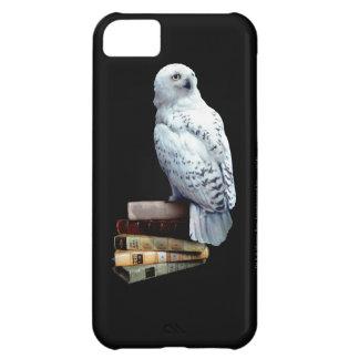 Hedwig auf Büchern iPhone 5C Hülle