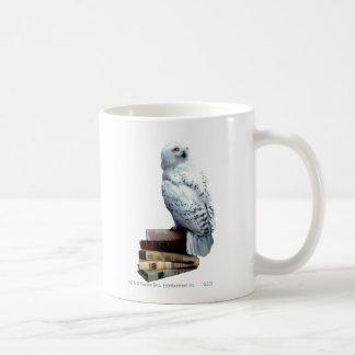 Hedwig auf Büchern Tasse