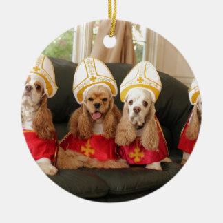 Heilige Jagdhund-Konklave Rundes Keramik Ornament