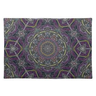 Heilige Mandalasterne und -spitze lila und schwarz Stofftischset
